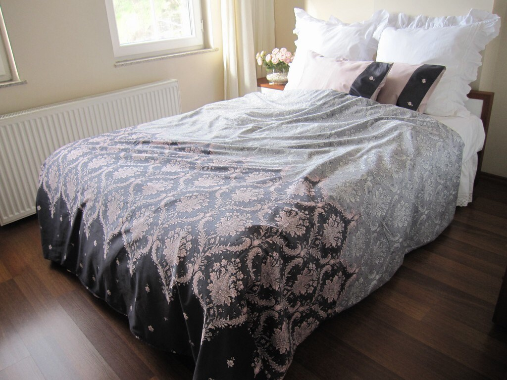 inspiration dorm com comforter about photo bedding lovely sets bed best x agrimarques remodel college with of home designing comforters
