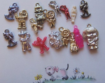 tiny novelty people and characters charms