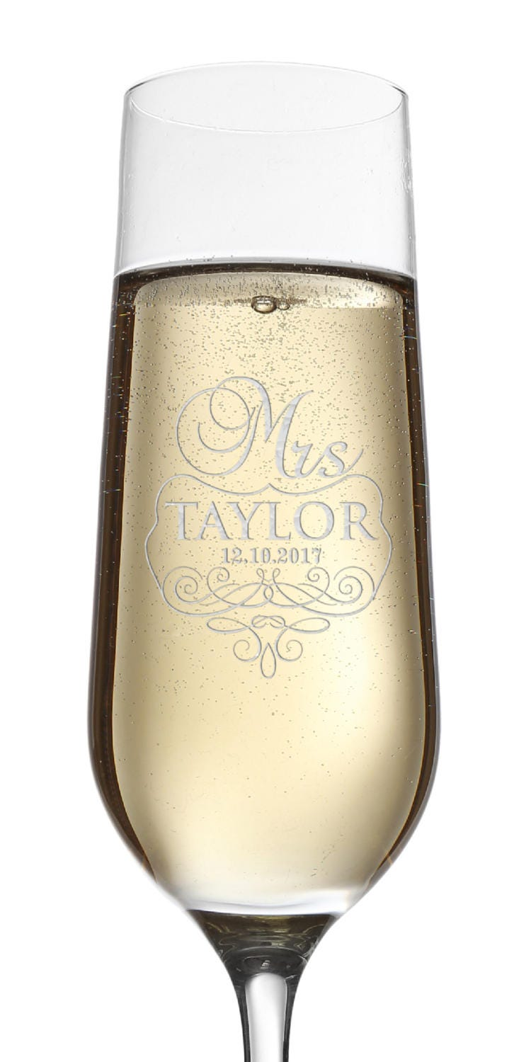 Set of 2, Mr. Mrs. Wedding Champagne Flutes, Personalized Champagne ...