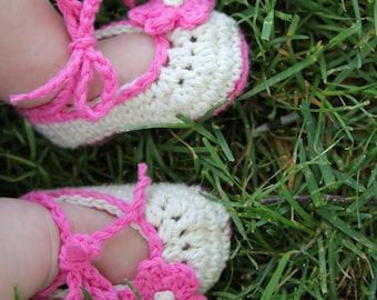 Crochet Baby  Shoes 0-3 Months in Hot Pink and Ecru, Great Baby Gift, More Sizes and colors Available