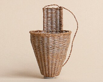 Dollhouse miniature, Wicker pick basket, scale 1 : 12, WC/002