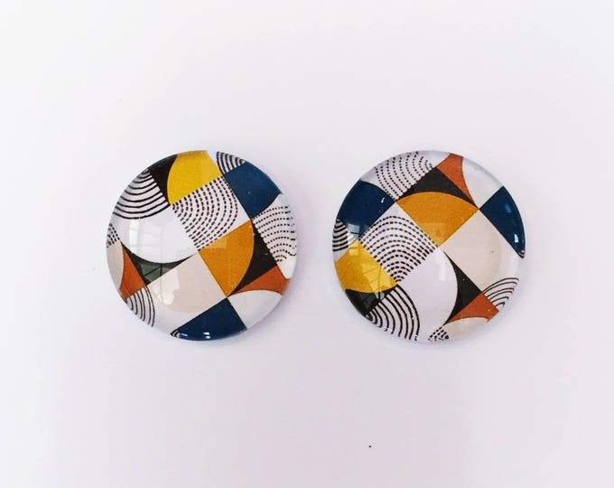 The 'Catherine' Glass Earring Studs