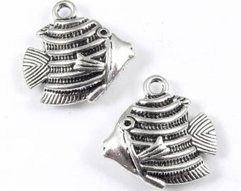 Metal Double Sided Charms-Silver Kissing Fish 18mm (6 Pcs.)