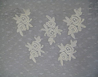 5 white appliques rose flower for quilting, jewellery, fabric art, scrapbooking