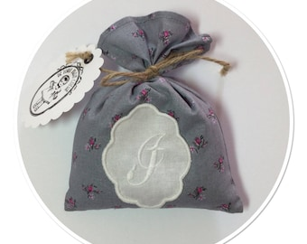 "Cotton Lavender bag printed with embroidered Monogram Letter ""I"""