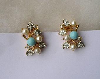 Vintage Ivana Trump Faux Pearl Rhinestones Blue Robins Egg Clip On Earrings