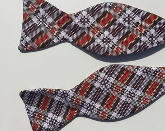 Check Bow tie Red Black White Large 1960s 1970s Adjustable Self Tie collar 13 to 18 inches Liebert, Groomsmen Bow Tie, Wedding Bow Tie