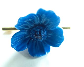 China Blue Flower Brooch
