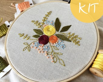 Flowers Embroidery kit - Do it Yourself Embroidery Kit with Pattern - DIY Kit - Modern Embroidery -  Hoop art