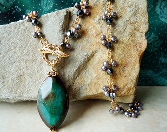 Green Agate Stone Pendant Cluster Necklace.Peacock Pearl.Beaded Necklace.Toggle.Gold.Lariat Necklace.Statement.OOAK.Formal.Chunky.Handmade.