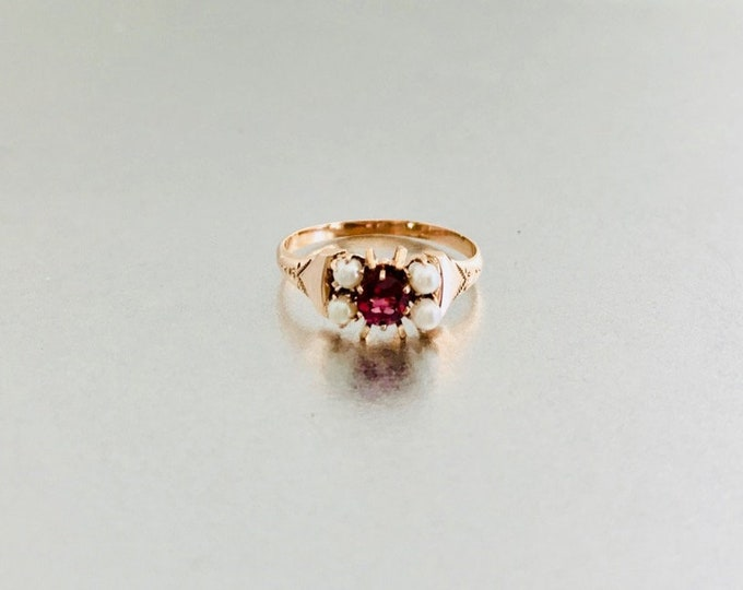 Yellow Gold Rhodolite Garnet and Pearl Ring, Vintage Garnet Ring, Victorian Garnet and Pearl Ring, January Birthstone, Birthstone Ring