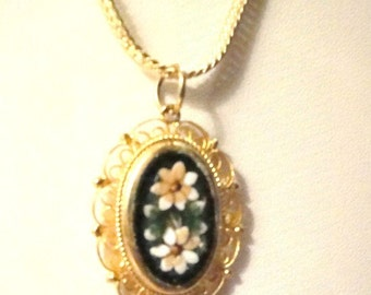Beautiful vintage Italian floral mosaic necklace