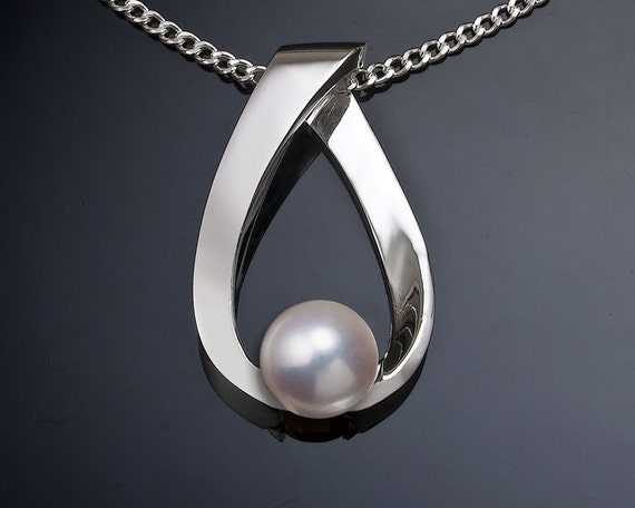 pearl necklace, June birthstone, cultured pearl pendant, Argentium silver necklace, artisan jewelry - 3470
