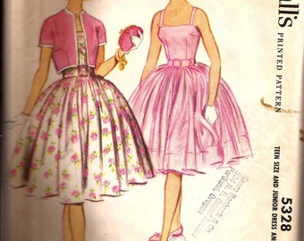 Rare Vintage 1960s Teen  Bouffant Swing Dress Pattern / McCalls 5238 / Size 16T Bust 36