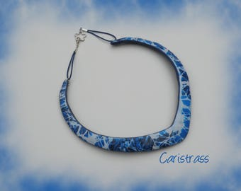 Blue and white V necklace