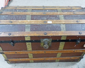 Arts and Crafts Steamer Trunk