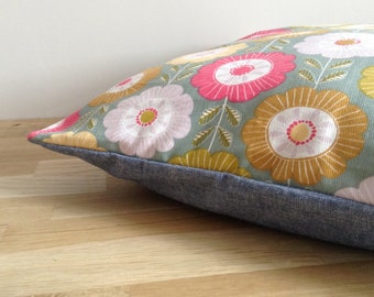Cushion cover 40 x 40 cm, vintage - green, yellow and blue flowers
