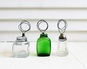 Wire photo stand from vintage glass bottle / Junk decor / Upcycled / Green vintage glass