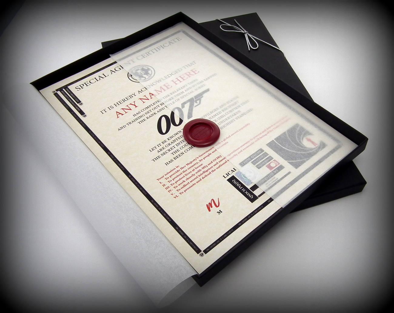 Deluxe James Bond 007 Zertifikat in einem Luxus-Geschenk-Box
