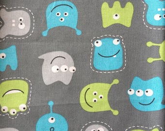 coupon fabric patchwork 50 X 50 cm / monsters blue / green / gray