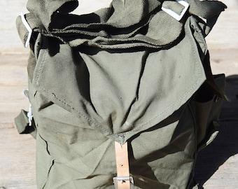 SALE! Distressed canvas bag, Vintage army canvas bag, USSR military bag, Green khaki bag, Haversack bag, Shoulder bag, Front Leather strap
