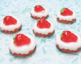 15mm.Miniature Cabochon Strawberry,Miniature Strawberry topping,Cabochon,Resin,Miniature Sweet,Mobile Accessories,Miniature cake,DIY