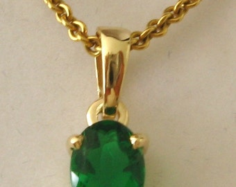 Genuine SOLID 9K 9ct YELLOW GOLD May Birthstone Emerald Pendant Gift