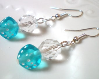 2 dice - blue - h 4 cms and Crystal beads dangling earrings