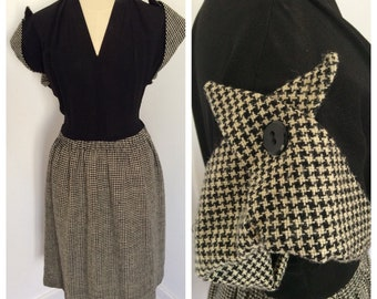 1940s black and cream rayon crepe and hounds tooth wool dress – sz S-M
