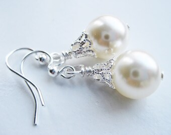 Crystal pearl earrings, Swarovski drop earrings, cream pearl earrings, Swarovski pearl bridesmaids gift, earring in handmade