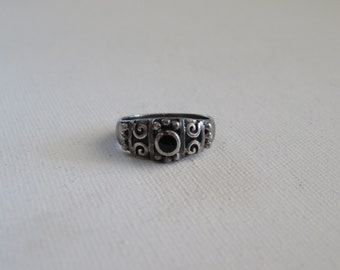 Vintage Sterling Silver 925 Onyx Ring, Womens Ring Size 6, HEAVY PATINA