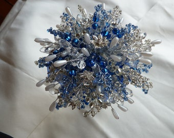 Wedding bouquet in royal blue and silver with crystal flowers, pearls and beads. Bridal bouquet - Beaded bouquet - Great Brooch alternative