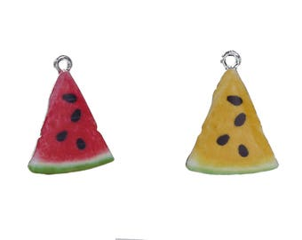 5 charms in the shape of watermelon, yellow or red in silvered Metal with enamel 2.8 cm / Fruit / summer