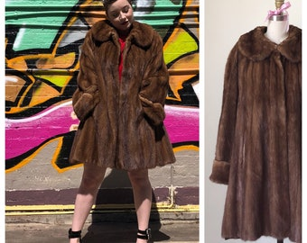 Elegant 1960s Vintage Mink Fur Coat / Brown Genuine 1960s Jackets / Swinging Mod Retro
