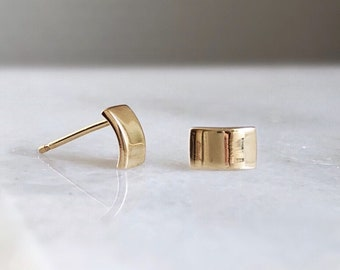 Curved 14k Gold Bar Stud Earrings Rectangle Small Gold Earrings Minimal Simple Gold Earring