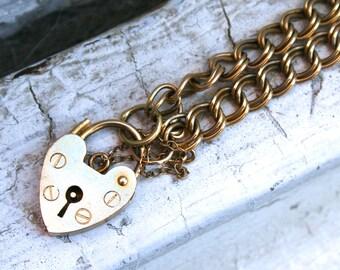 Vintage 9K Yellow Gold Bracelet Heart Padlock Bracelet.