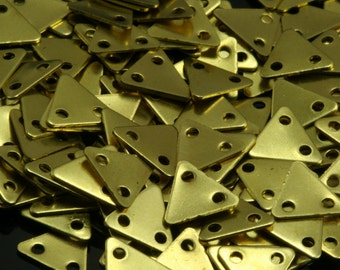 400 Pcs Raw Brass 7x8 mm Triangle tag Charms with 2 hole  ,Findings 619RD-44 tmpl