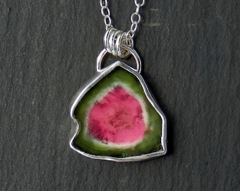 Tourmaline slice necklace / watermelon tourmaline / bicolor tourmaline / tourmaline crystal / tourmaline pendant / tourmaline jewelry / gift