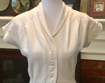 1950s Vintage White Cotton Dress with Lace