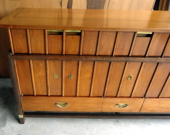 Wonderful MID CENTURY MODERN 2 Piece Hutch ( Hickory Furniture Co.   1960's
