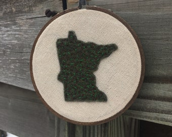 Minnesota embroidered wall hanging, 4.5 in Embroidery Hoop, Fiber Art