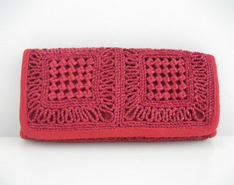 Oversized 80's Red Woven Clutch
