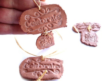 Gift Tags, Gift Tags Set, Celebrate Tags, 2 Parts Tags, Primitive Tags, Writings Tags, Hang Tags, Pottery Tags, Pottery Imitation, Rustic