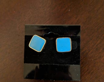 Vintage turquoise and gold stud earrings