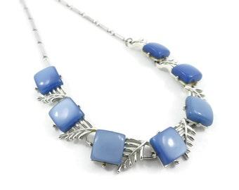 Vintage Blue, Thermoset Necklace, Lucite, Silver Tone