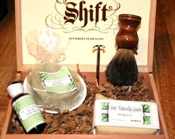 Men's Shaving Gift Set with black badger brush
