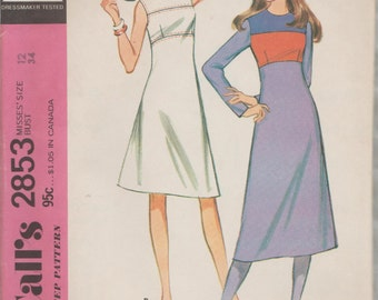 McCalls 2853 / Vintage Sewing Pattern / Dress / Size 12 Bust 34