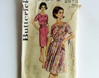 Butterick 2673 Vintage Sewing Pattern Women's Dress Two Skirts 1960's