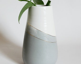 Handmade Pottery Vase; Ceramic Vase; White and Gray Pottery; Gold