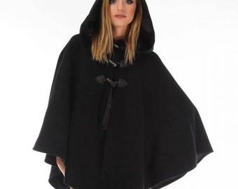 Hooded hood with wool cloth